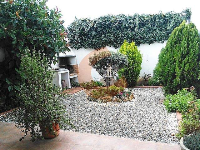 3 soveværelse Villa til salg i Bellvei med garage - € 220.000 (Ref: 6050318)