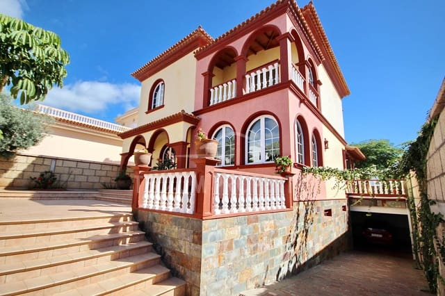 4 soveværelse Villa til salg i Los Olivos med garage - € 790.000 (Ref: 5825237)