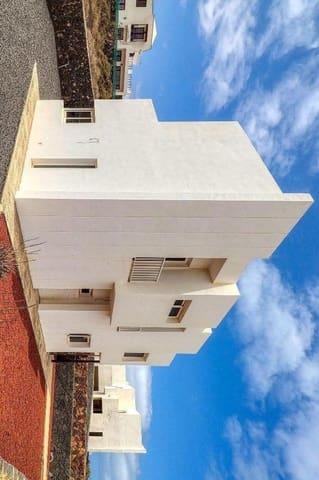 3 chambre Maison de Ville à vendre à Tinajo - 310 000 € (Ref: 5892070)