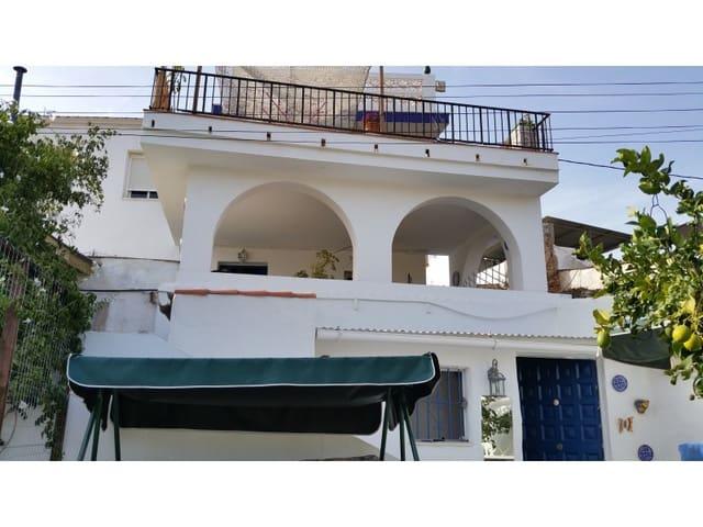 Chalet de 6 habitaciones en Santa Rosalia en venta con piscina - 200.000 € (Ref: 5734727)