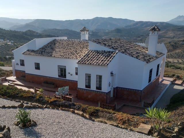 3 Zimmer Villa zu verkaufen in Cutar - 299.950 € (Ref: 5757327)