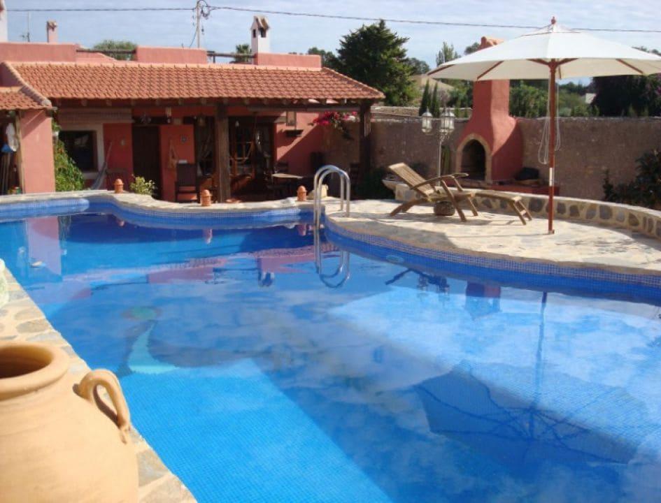 5 soveværelse Erhverv til salg i La Manga Club med swimmingpool - € 595.000 (Ref: 5873999)