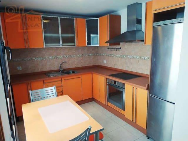 Ático de 4 habitaciones en Arrecife en venta - 175.000 € (Ref: 5757481)