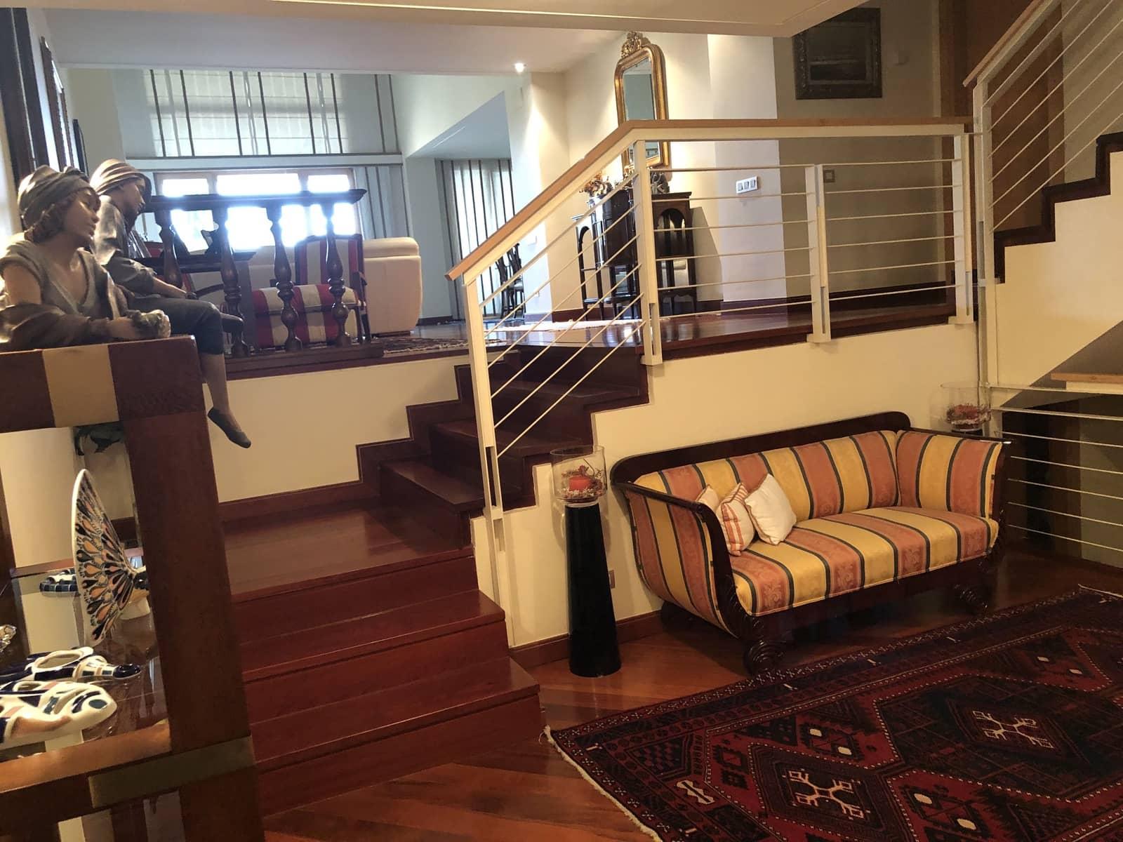 5 slaapkamer Rijtjeshuis te koop in Pozuelo de Alarcon met zwembad garage - € 1.590.000 (Ref: 5716728)