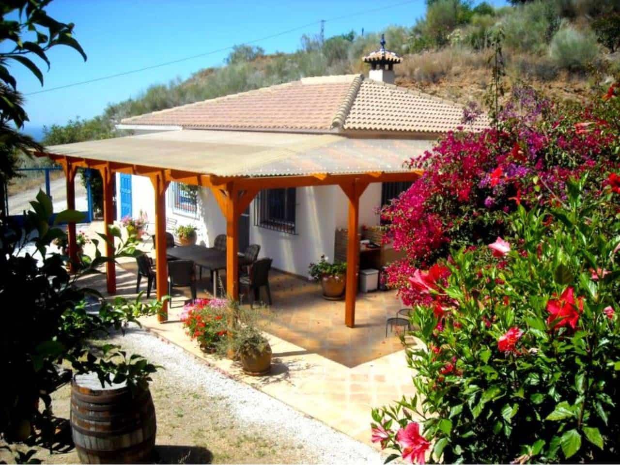 Chalet de 2 habitaciones en La Cala del Moral en alquiler vacacional con piscina - 990 € (Ref: 5906002)