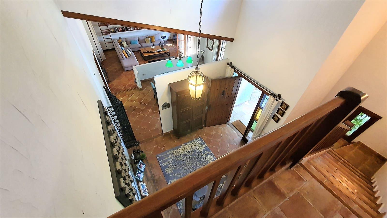 6 soveværelse Villa til salg i Rocafort med swimmingpool - € 1.500.000 (Ref: 5751047)
