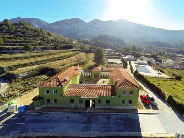 24 chambre Local Commercial à vendre à Quatretondeta - 225 000 € (Ref: 5750464)