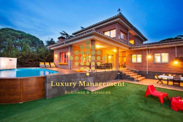 7 soveværelse Villa til salg i Cardedeu med swimmingpool garage - € 800.000 (Ref: 5851647)