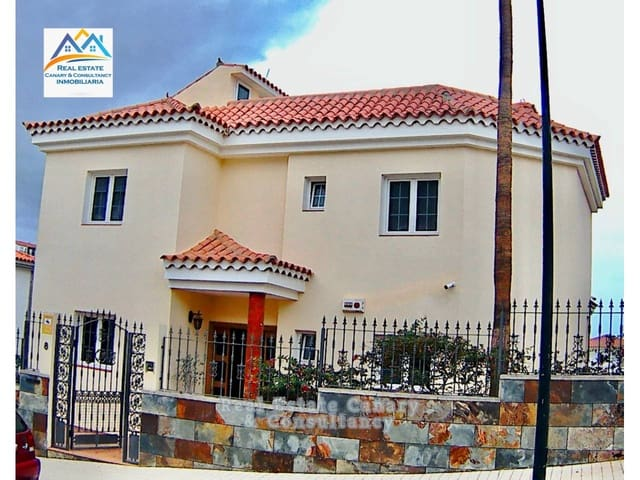 Chalet de 5 habitaciones en Arguineguín en venta - 795.000 € (Ref: 5802712)
