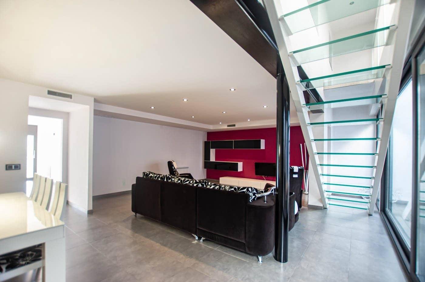 3 soverom Rekkehus til salgs i Riudecols med garasje - € 259 900 (Ref: 5782717)
