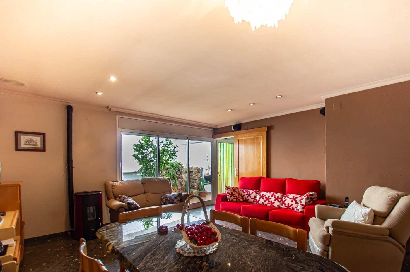 3 soverom Rekkehus til salgs i Reus med garasje - € 369 900 (Ref: 5782731)