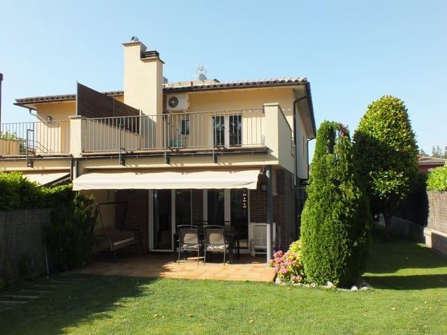 3 sypialnia Finka/Dom wiejski na sprzedaż w Sant Julia de Vilatorta z garażem - 395 000 € (Ref: 5786400)