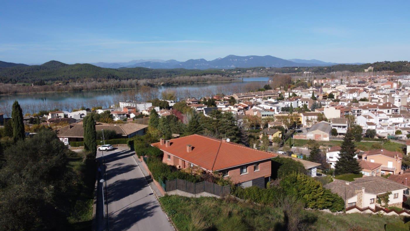 4 soverom Villa til salgs i Banyoles med garasje - € 875 000 (Ref: 5786428)