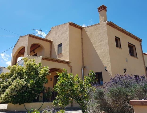 4 soverom Villa til salgs i Albinyana med garasje - € 299 000 (Ref: 5792351)