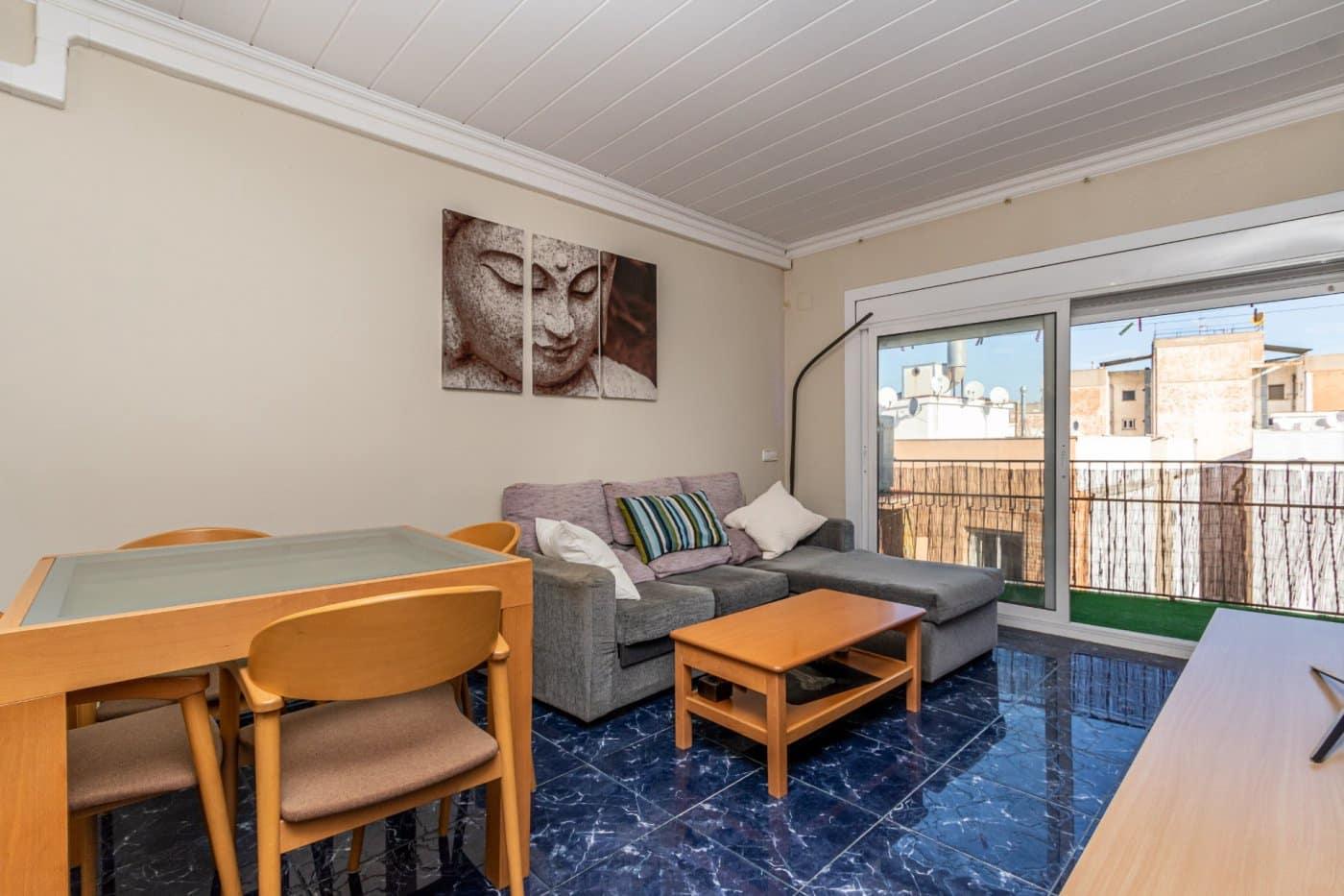 Piso de 3 habitaciones en Rubí en venta - 139.800 € (Ref: 5792402)