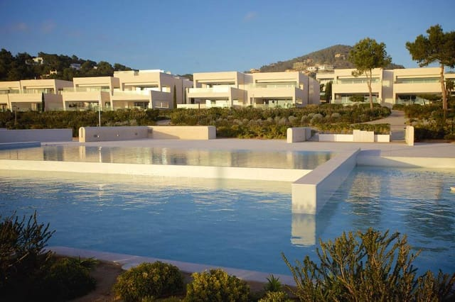 3 sypialnia Apartament na sprzedaż w Talamanca - 3 900 000 € (Ref: 5914765)