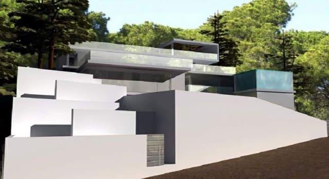 Teren niezagospodarowany na sprzedaż w Sant Antoni de Portmany - 1 100 000 € (Ref: 5914791)