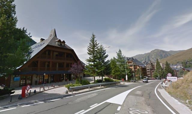 Kaupallinen vuokrattavana paikassa Naut Aran - 1 813 € (Ref: 5844733)