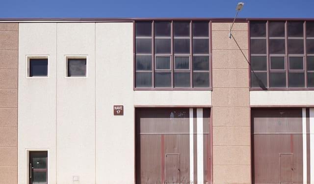 Azienda in vendita in Abrera - 631.035 € (Rif: 5844925)