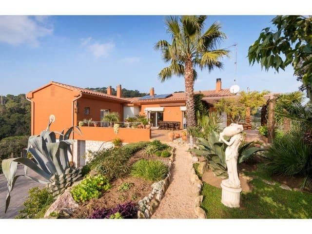 4 chambre Villa/Maison à vendre à Sa Riera avec garage - 1 215 000 € (Ref: 5932800)