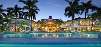 75 quarto Hotel para venda em Ibiza / Eivissa cidade com piscina - 18 500 000 € (Ref: 5923598)