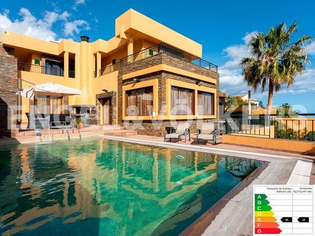Casa de 6 habitaciones en Tabaiba en venta con piscina garaje - 1.300.000 € (Ref: 5945187)