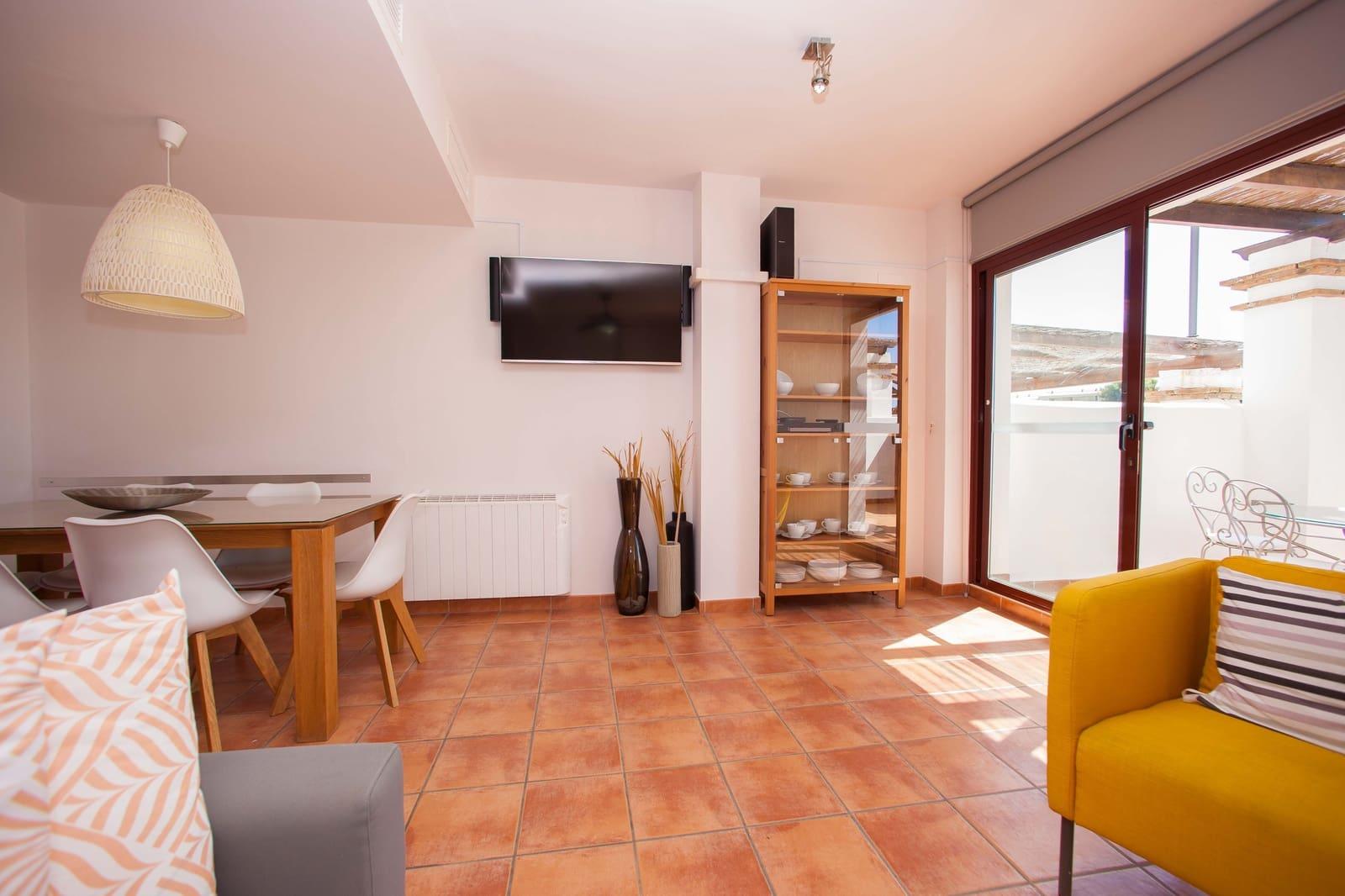 3 quarto Casa em Banda para venda em La Herradura com piscina garagem - 285 000 € (Ref: 6125414)