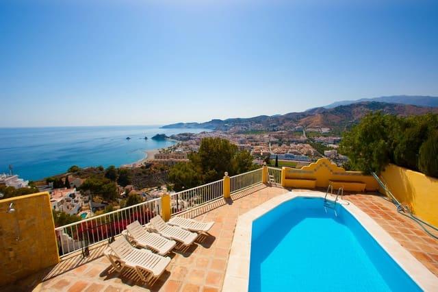 4 makuuhuone Huvila myytävänä paikassa Almunecar mukana uima-altaan  autotalli - 650 000 € (Ref: 6125418)
