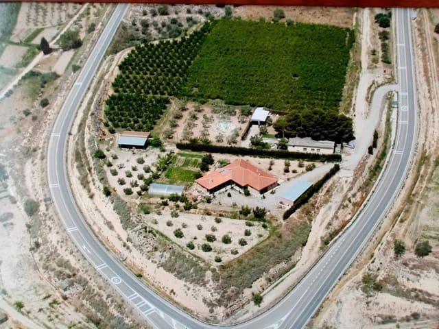 4 chambre Finca/Maison de Campagne à vendre à Alcaniz avec garage - 595 000 € (Ref: 5945134)
