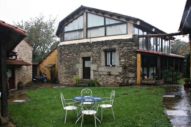 6 chambre Entreprise à vendre à Betanzos - 395 000 € (Ref: 5945163)