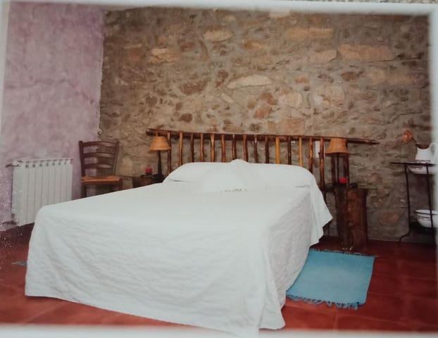 7 chambre Entreprise à vendre à Jarandilla de la Vera - 299 000 € (Ref: 5945170)