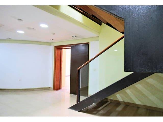 1 sovrum Kontor till salu i Arrecife med garage - 55 000 € (Ref: 6376308)