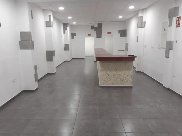 Comercial para arrendar em Puerto de la Cruz - 800 € (Ref: 6327066)