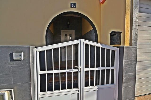3 chambre Villa/Maison à vendre à Sardina avec garage - 260 000 € (Ref: 5968718)
