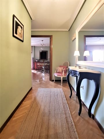 4 soveværelse Lejlighed til salg i Madrid by - € 570.000 (Ref: 6006720)