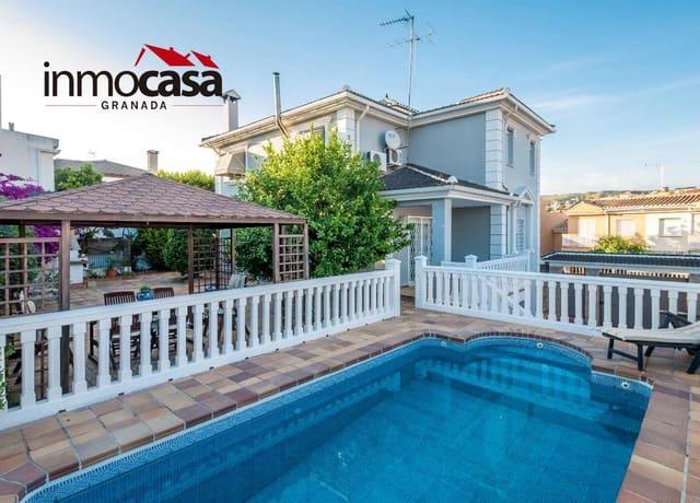Chalet de 3 habitaciones en Huétor Vega en venta con piscina garaje - 365.000 € (Ref: 6030282)