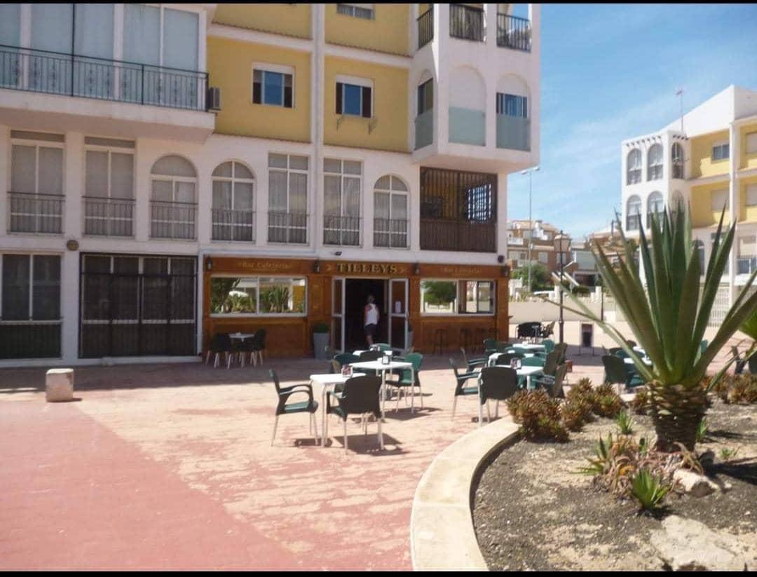 3 makuuhuone Yritys myytävänä paikassa Torrevieja - 95 000 € (Ref: 6024467)