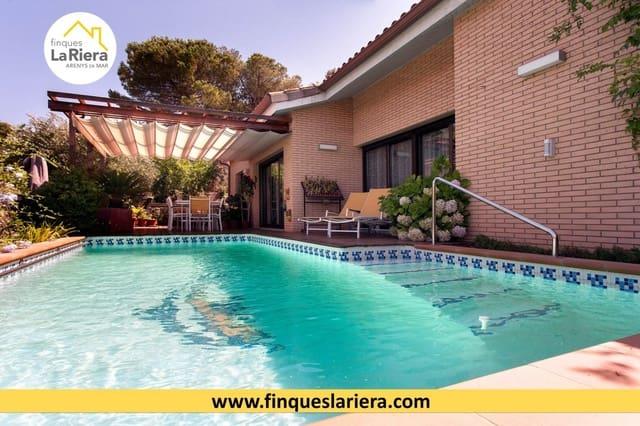 4 soveværelse Villa til salg i Arenys de Munt med swimmingpool garage - € 520.000 (Ref: 6178606)