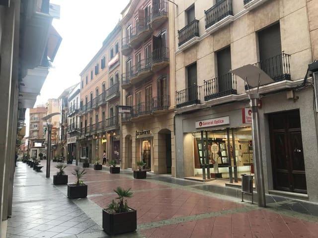 2 soverom Kontor til leie i Linares - € 700 (Ref: 6059763)