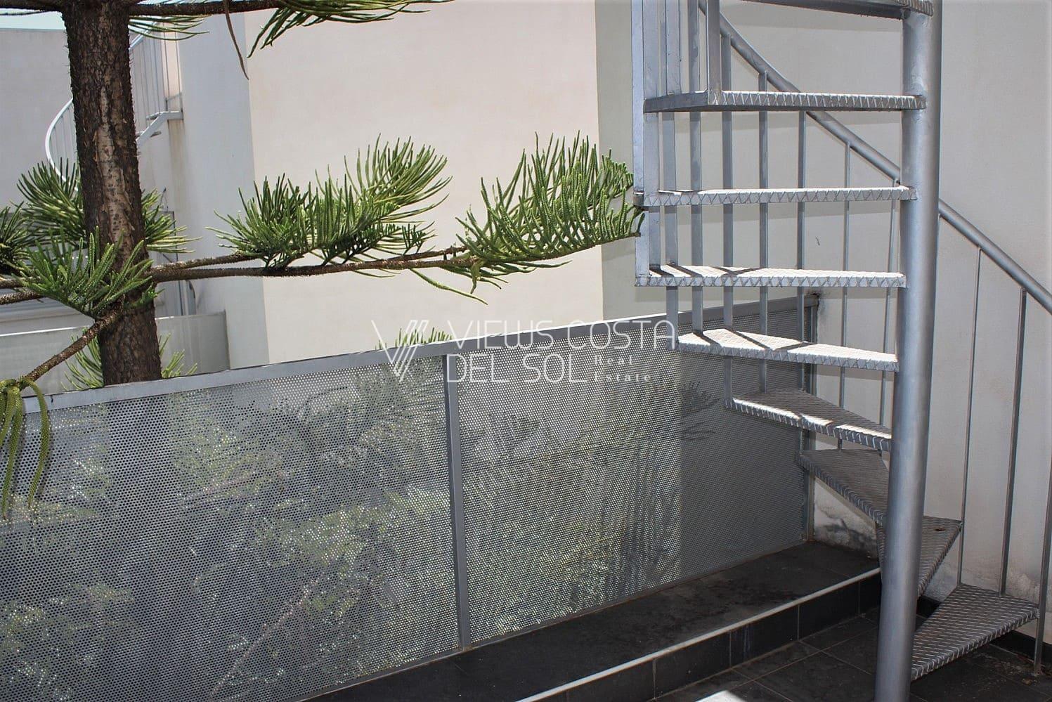 5 soveværelse Semi-Rækkehus til salg i Chilches - € 310.000 (Ref: 6210914)