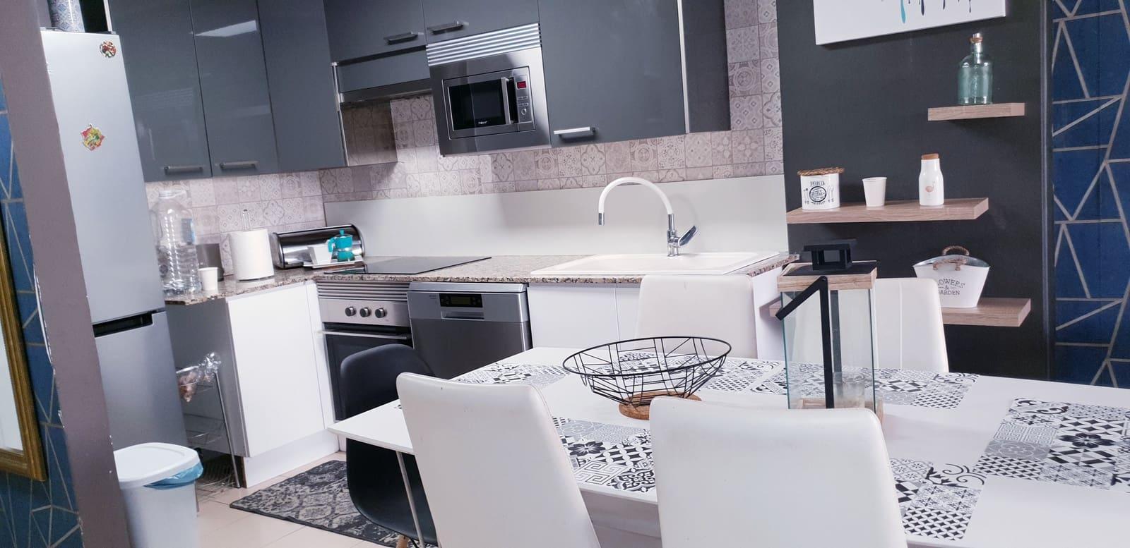 3 bedroom Apartment for sale in Arona - € 160,000 (Ref: 6315070)