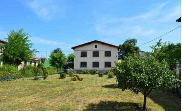 Semi-Rækkehus til salg i Merindad de Cuesta-Urria - € 89.000 (Ref: 6086834)