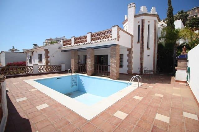 Chalet de 4 habitaciones en Nerja en venta - 649.000 € (Ref: 6095253)