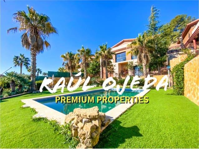 5 makuuhuone Huvila myytävänä paikassa Castellvell del Camp mukana uima-altaan  autotalli - 695 000 € (Ref: 6097845)