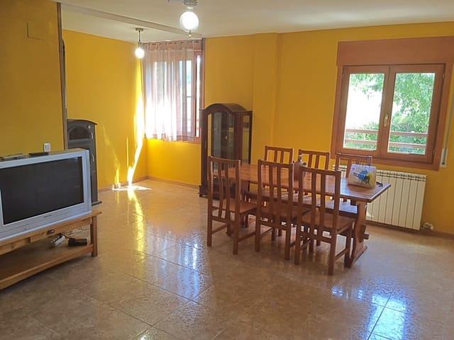 4 makuuhuone Omakotitalo myytävänä paikassa Secastilla mukana  autotalli - 139 500 € (Ref: 6111526)