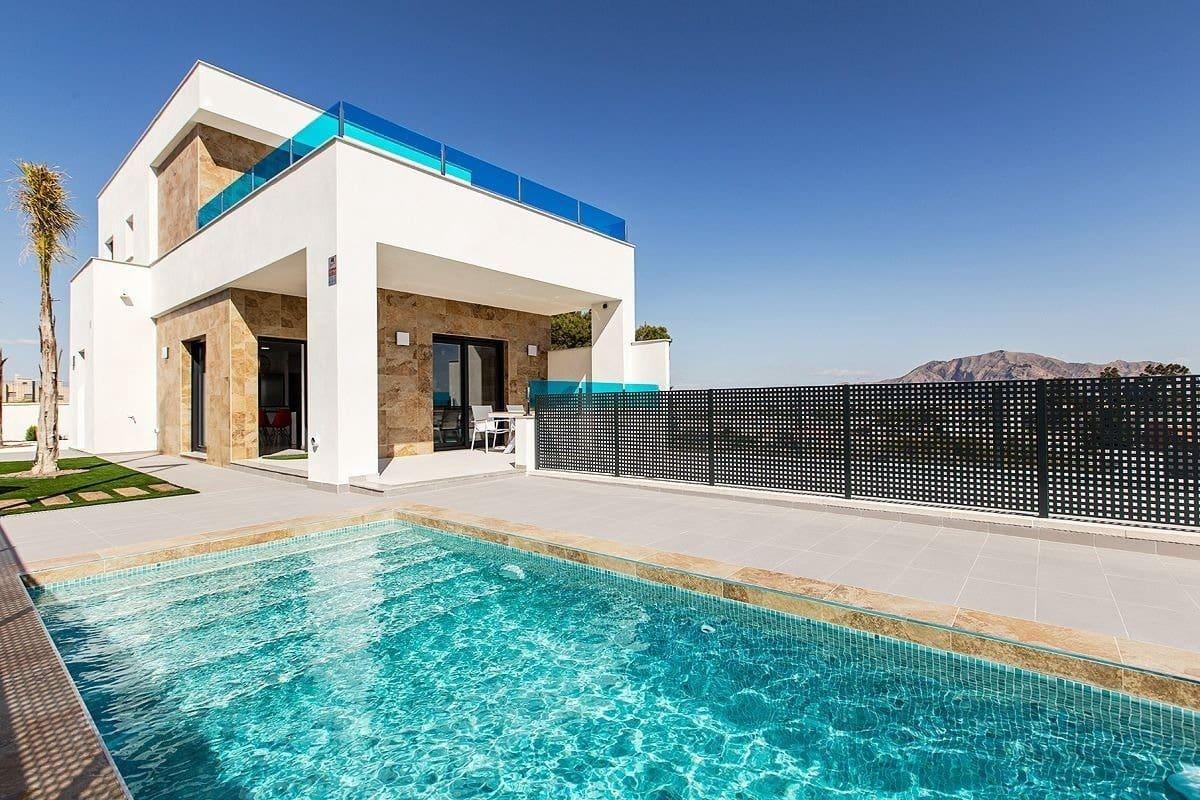 3 bedroom Villa for sale in Bigastro with pool garage - € 238,500 (Ref: 6259546)