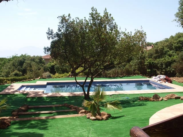 4 bedroom Finca/Country House for holiday rental in Tarifa with pool - € 1,400 (Ref: 6129104)