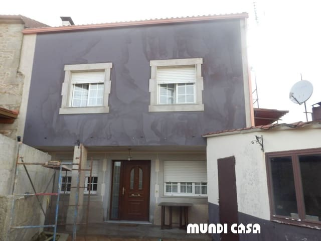 6 soveværelse Byhus til salg i Rianxo - € 150.000 (Ref: 6216706)
