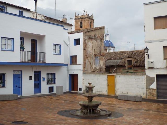 3 quarto Casa em Banda para venda em Ayora - 65 000 € (Ref: 6135165)