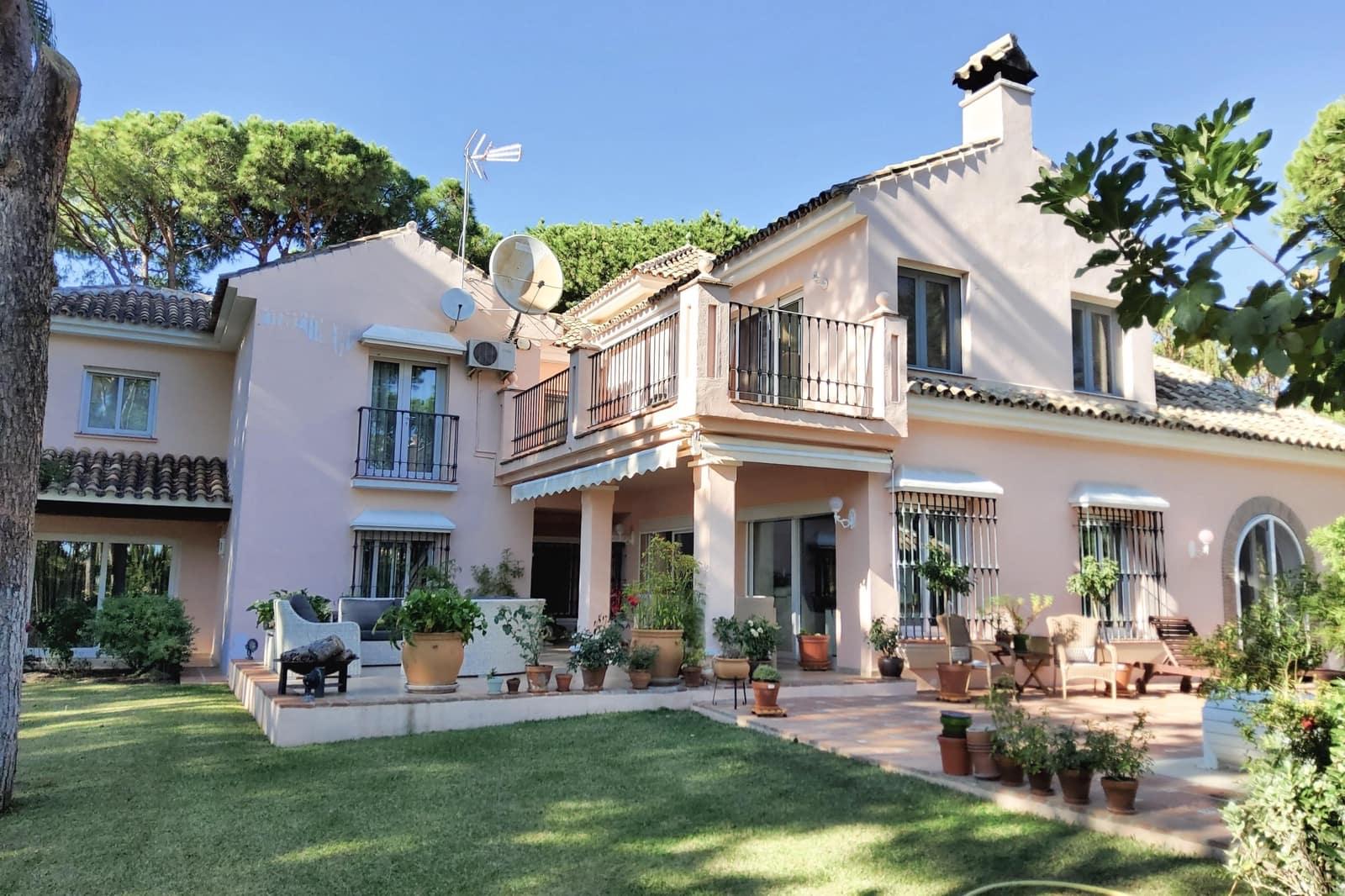 5 quarto Moradia para arrendar em Las Chapas - 6 500 € (Ref: 6213538)